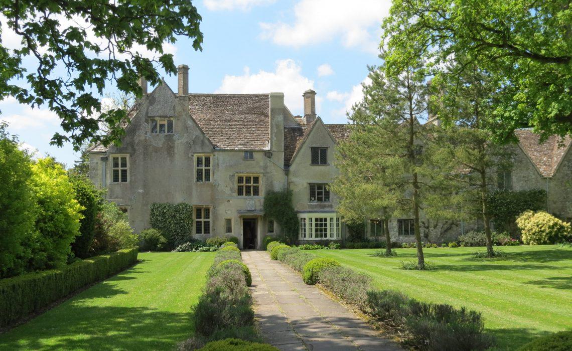 Avebury Manor,National Trust.